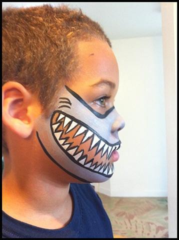 Sharp Teeth Face