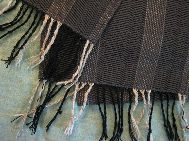 Traditional Scarf with Tassels (Joe)