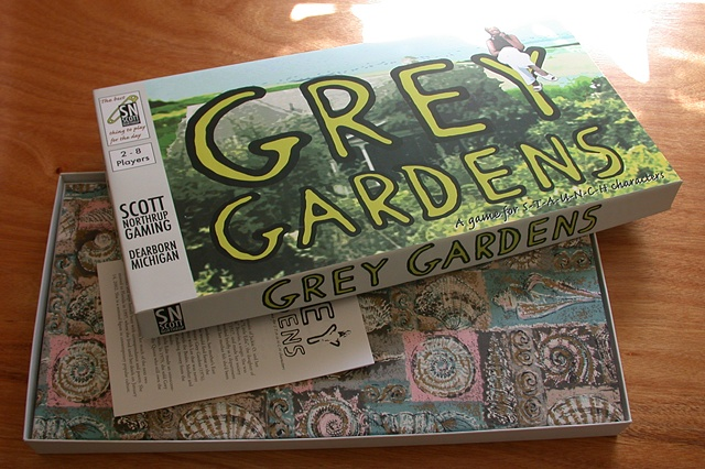 Grey Gardens Board Game (open box)
