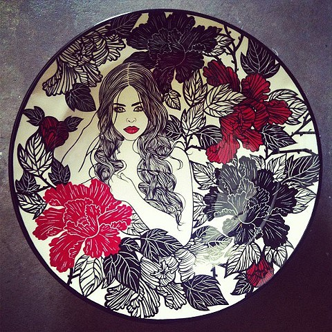 FLORAL PLATE - BLACK & RED NUDE #2