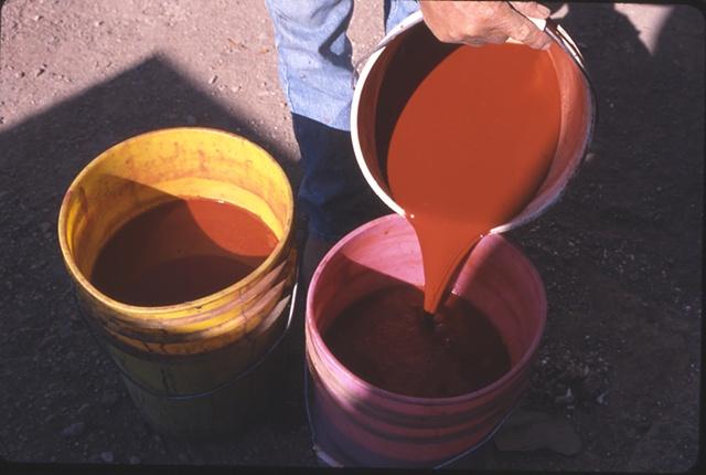 Juan Quezada Making paint