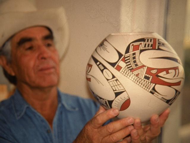 Juan Quezada holding Las Viboras $4950