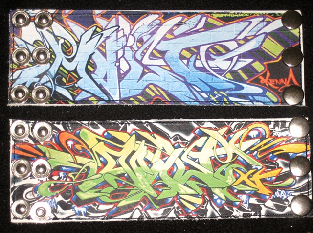GRAFFITI CUFFS