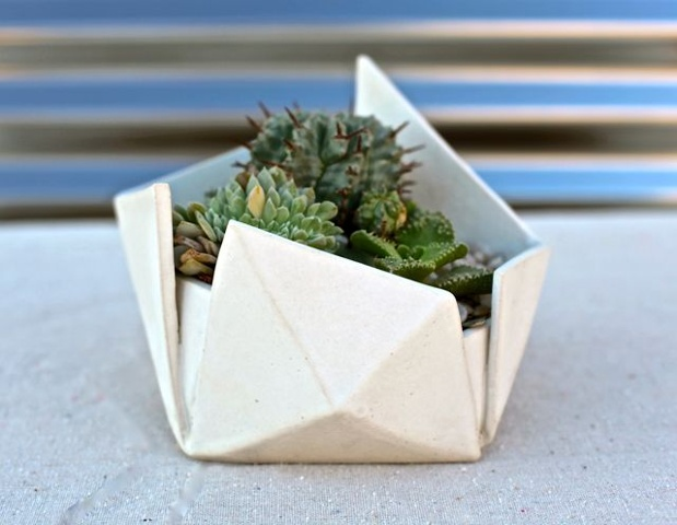 white signature folded planter