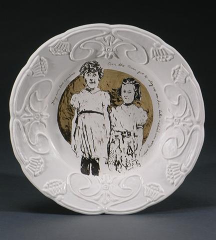 Porcelain commemorative plate