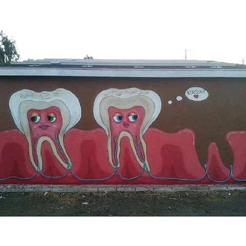 Large Reseda teeth