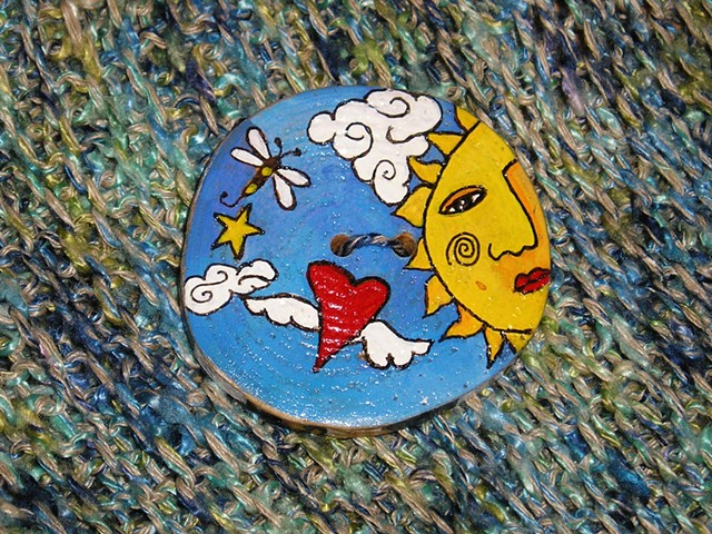 Sun and winged Love Button