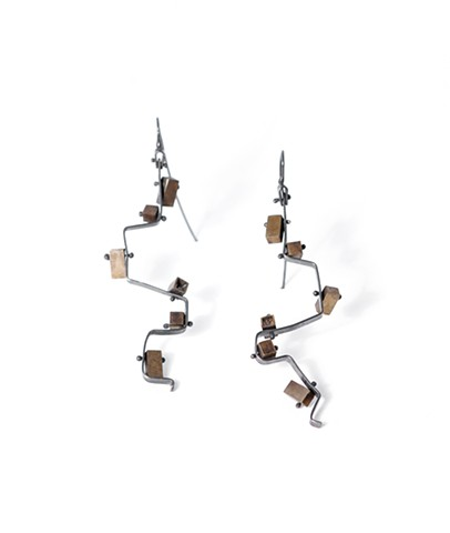 MIRO earring by Jennifer Bennett of Di Luce Design, oxidized silver, brass, squares, rectangles, geometric,