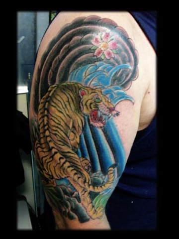 tiger japanese tattoo by tatupaul.com