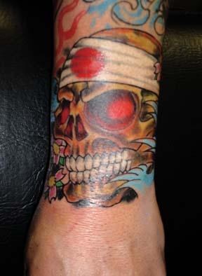 japanese skull tattoo by tatupaul