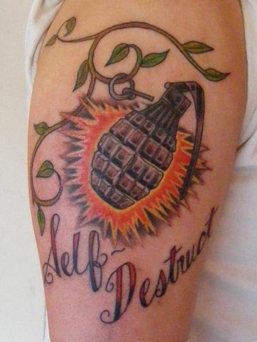 grenade tattoo steven williamson tattoo artist providence rhode island (ri) tattoo Rhode Island Providence