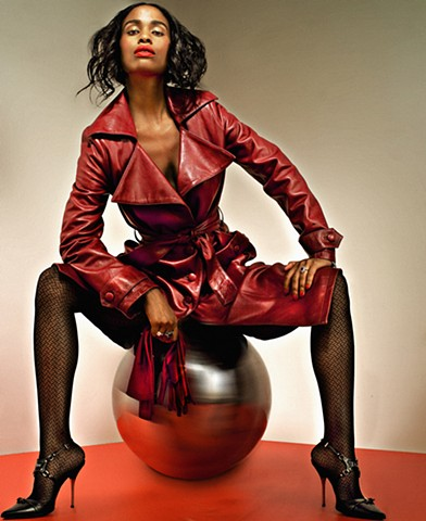 Honey magazine / Joy Bryant / Red story
