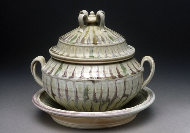 Tureen & Stand