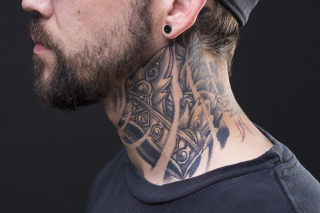 crown neck black and grey tattoo 1