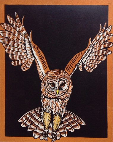 a chiaroscuro linocut of a barred owl in flight by Leslie Moore of PenPets