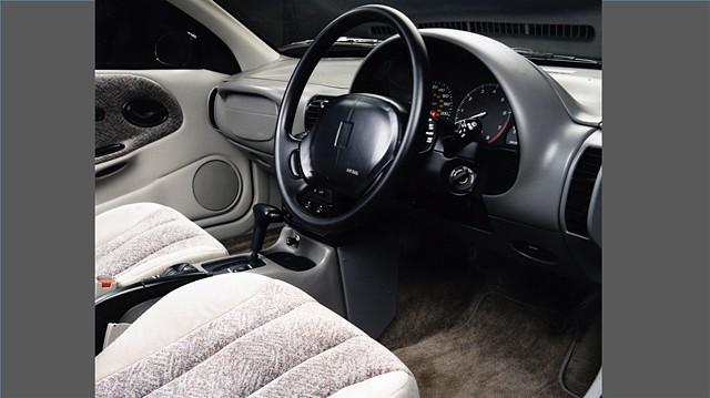 Saturn S-Series Interior