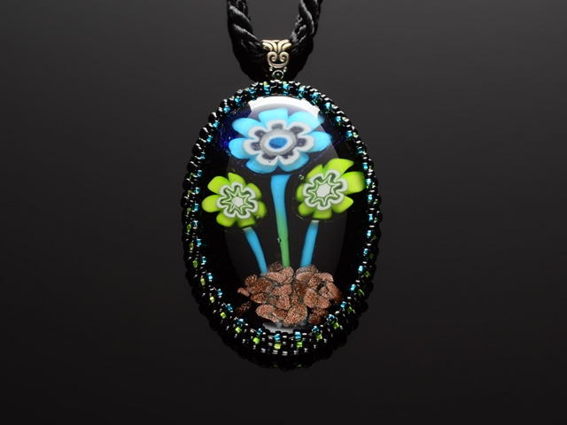 3 Glass Flowers Pendant
