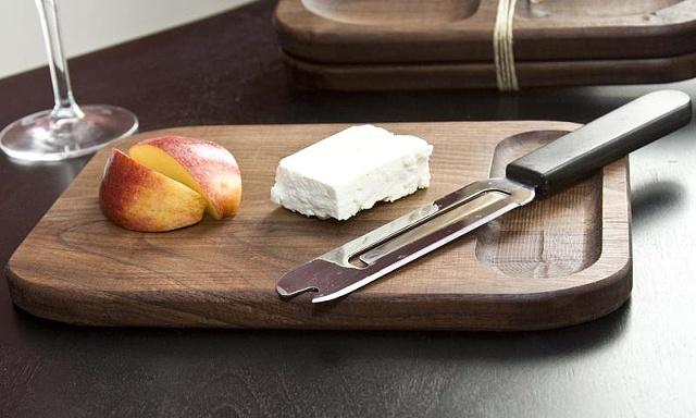 Black Walnut Cutting Board, Bar Size