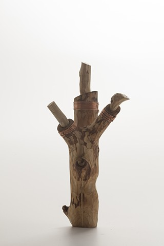 Small wood sculpture by Lin Lisberger