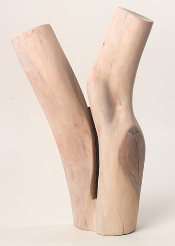 Carved wood sculpture about figure and ground by Lin Lisberger #figureorground