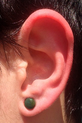 Lobe 8g avec plugs en bloodstone de chez Oracle.