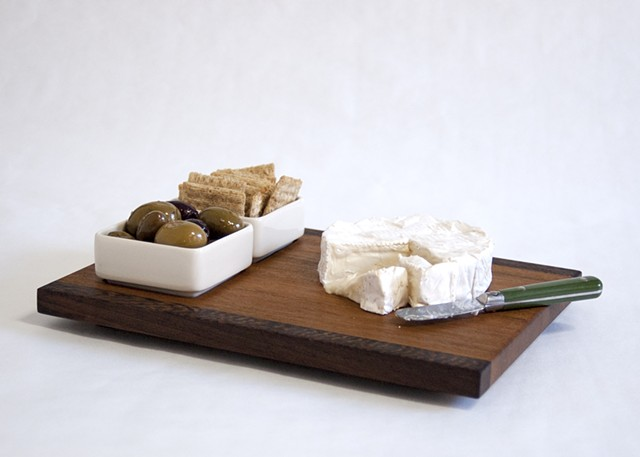 Hors d'oeuvres board, 2-dish