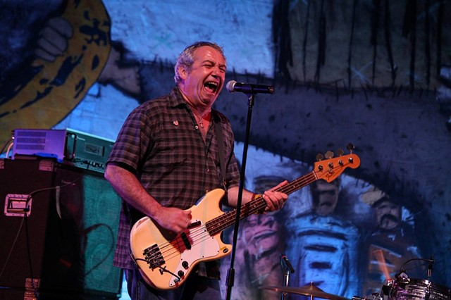 Mike Watt and the Missing Men performed a solid show loaded with Clash covers.