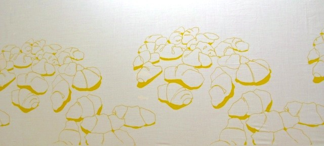 family repetition (in yellow ochre).