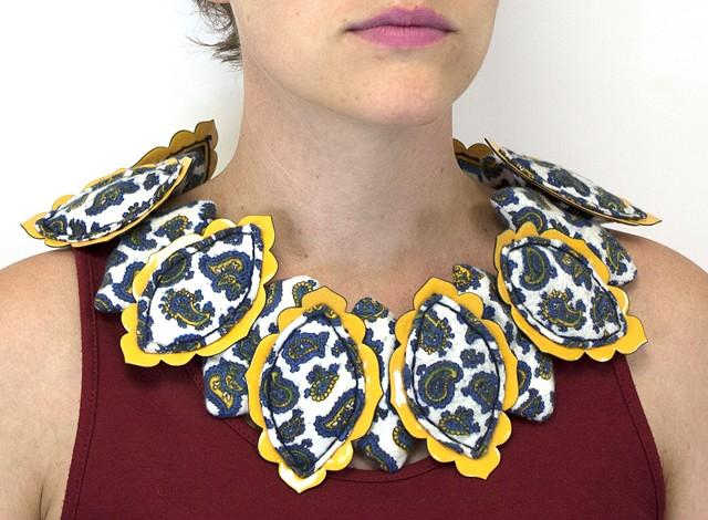 Flannel Paisley Collar