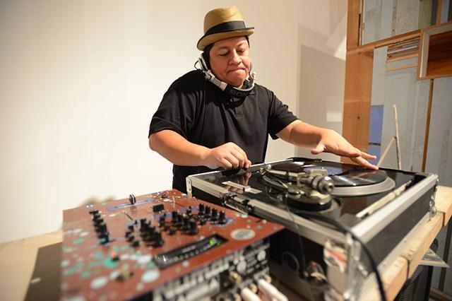DJ Seamstar