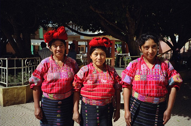 Women from San Pedro Necta, 2010, younger woman not wearing traditional headband