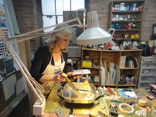 Amy at her first encaustic SideTour.
