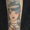 fille tattoo traditionnel