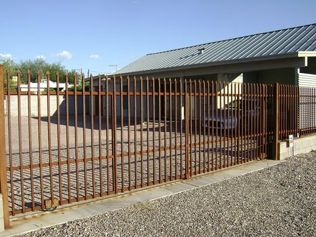 Roll Gate
