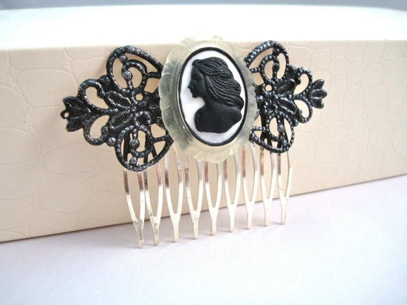 Victorian Black Cameo Hair Comb Lolita's Mourning Vintage Hair Accessory