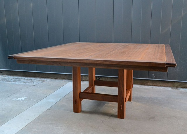 Vorrath Dining Table