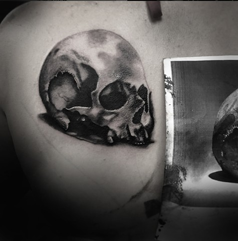 skull black and grey by Allie Valleau
