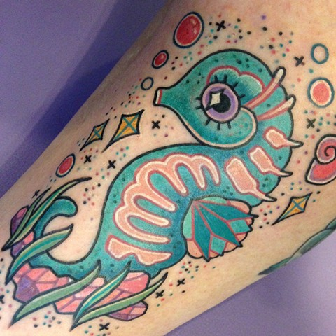 cute seahorse seashell glitter tattoo by LINNEA in asheville nc