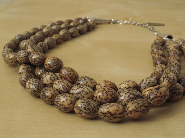 Betel Nut Necklace-3 Strands