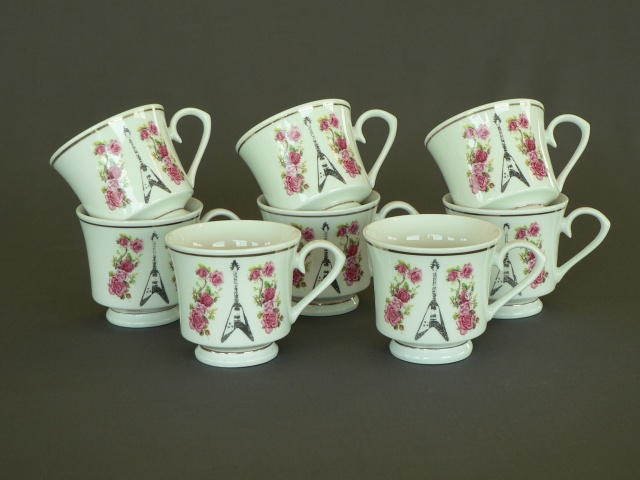 Fancy Mugs with Gold Trim - Flying V with Roses