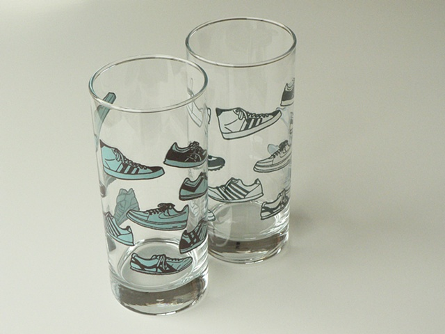 Hi ball glass screen printed with mens sneakers
