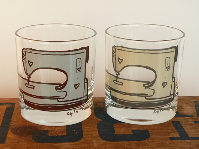 glass tumbler screen printed by hand with image of a husqvarna sewing machine with heart shaped knobs and scissors with heart shaped handles