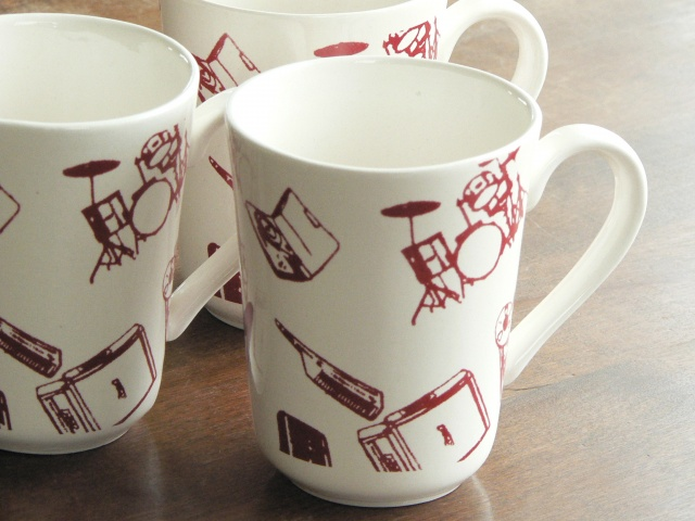 Mugs with Red Recording Artist Pattern
