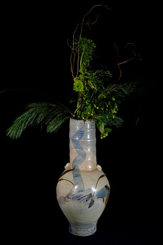 alternate view of previous vase
