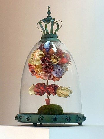 """HERSTORY"" metal and roses made of photos of famous women sculpture by Water Kerner"