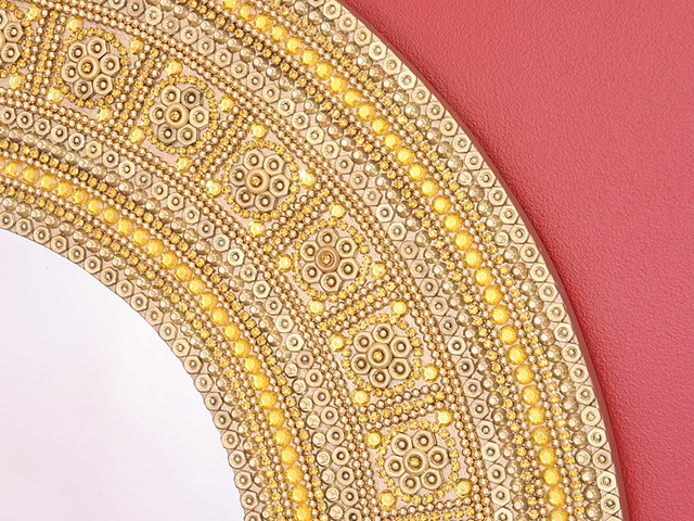 The Gold Bling Mirror Detail