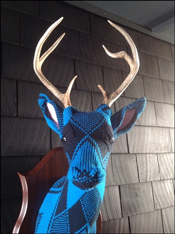 Sweater faux taxidermy deer buck stag antlers 80s turquoise diamonds