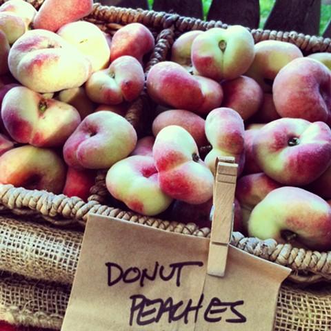 Donut Peaches, Briermere Farm
