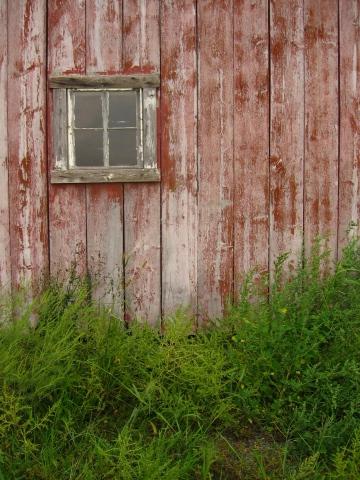 red wash barn