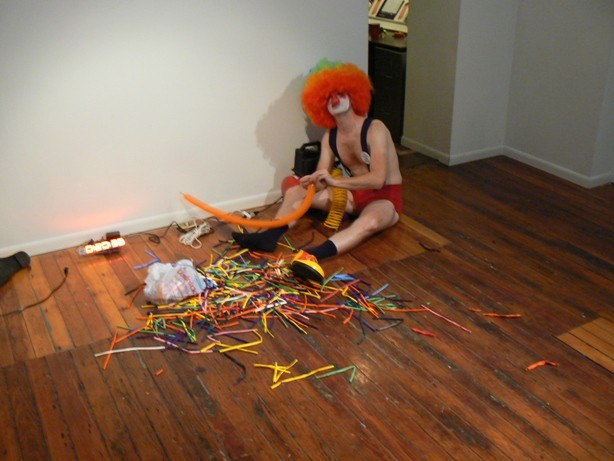 balloon, clown, Guinness World Record, failure